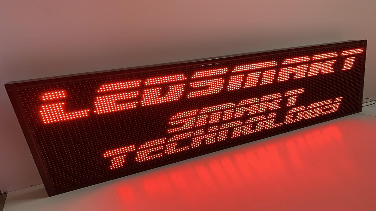 Piros fényreklám - 64 cm magasság